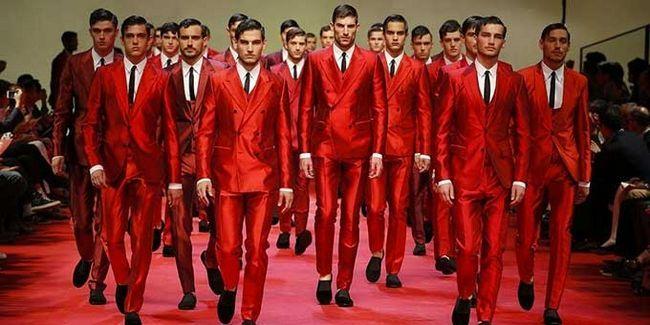 Ce culori sunt combinate cu culoarea roșie: opțiuni pentru combinarea culorilor