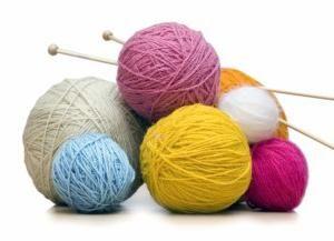Ce ace de tricotat pentru a utiliza pentru tricotat? Cum să introduceți bucle pe spițe?