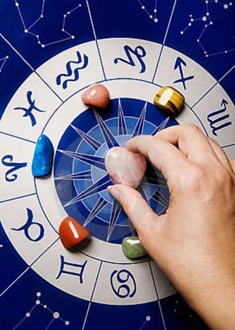 Ce piatră se potrivește cu Raku: secrete ale astrologilor