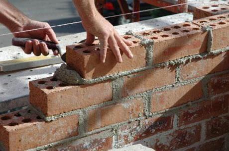 Din care caramida pentru a construi casa fundamentele de perete