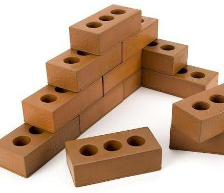 Ce cărămidă este mai bună pentru construirea avantajelor