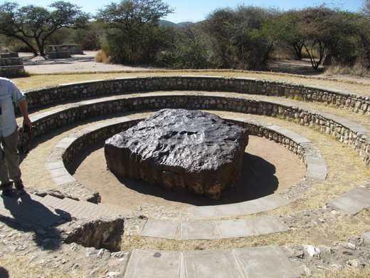 cel mai mare meteorit care a căzut la pământ în istorie