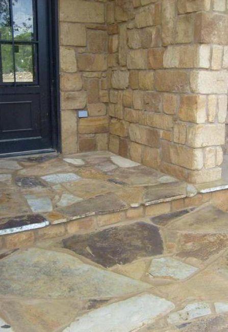 fațadă decor de piatră