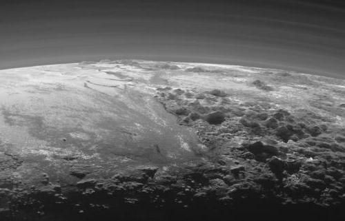 Când Pluto a fost exclus din lista planetelor