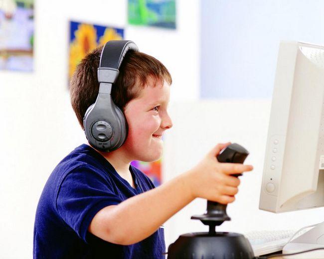 Jocuri pe calculator pentru copil și tot ce trebuie să știți despre accesul la acestea
