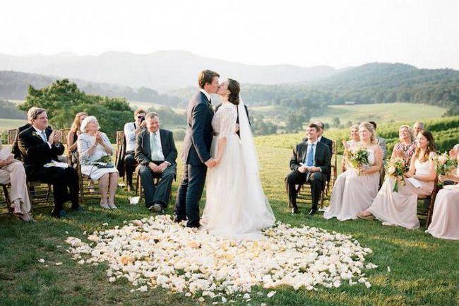 care este cine la cine după nuntă