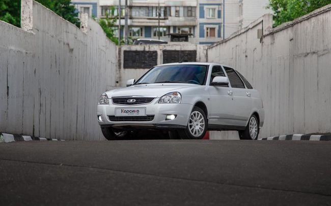 Lada Priora hatchback: specificații și recenzii