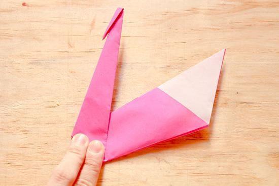 Lebădă de hârtie: fabricație