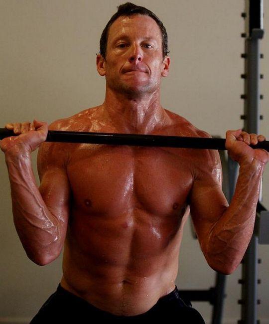 Lance Armstrong - erou internațional