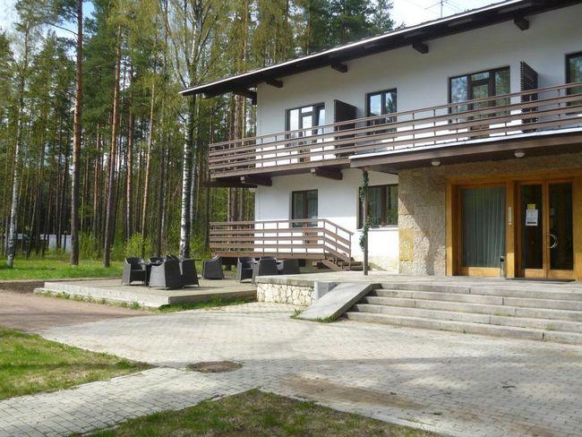 Cele mai bune hoteluri din Zelenogorsk: fotografii și recenzii de la turiști