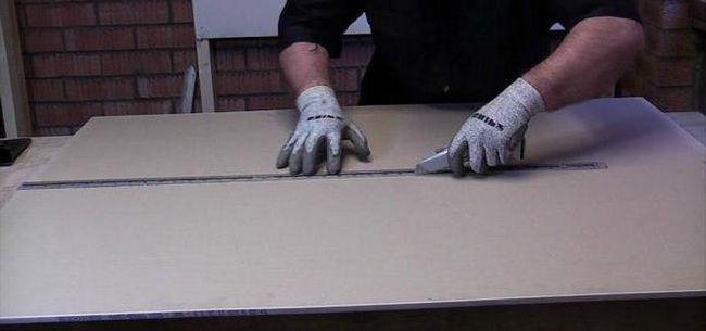 instalarea și dispozitivul de pante din carton de gips