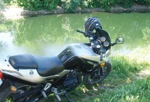 Motocicleta Zongshen ZS250gs - o noua stea pe cerul motocicletelor