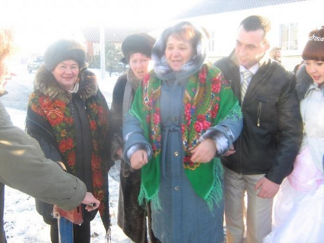 Tradițiile naționale din Tatarstan: toasts de nunți de la părinți