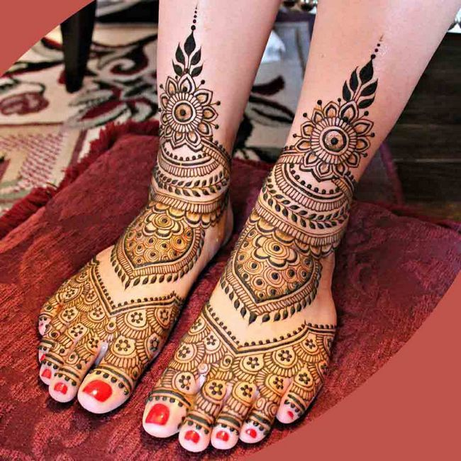 Extensii de unghii pe picioare cu gel și acril