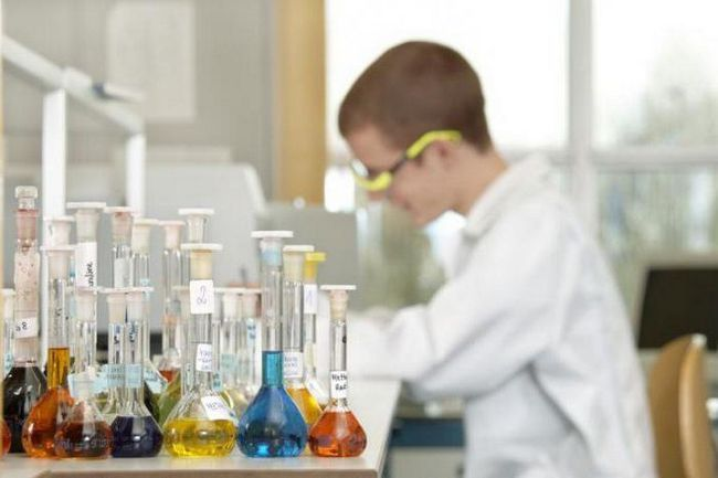 compuși anorganici chimici