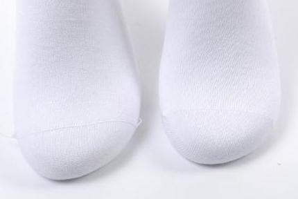 Șosetele pentru diabetici cu fir de argint