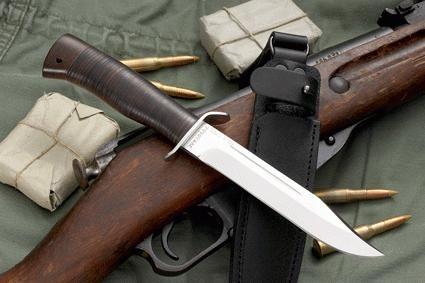 Scout cuțit - echilibrul perfect al frumuseții, puterii și funcțiilor utile