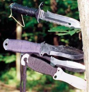 Cuțite pentru aruncare - arme sportive și de luptă