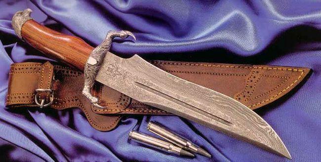 Damasc de oțel cuțite: o revizuire a modelelor
