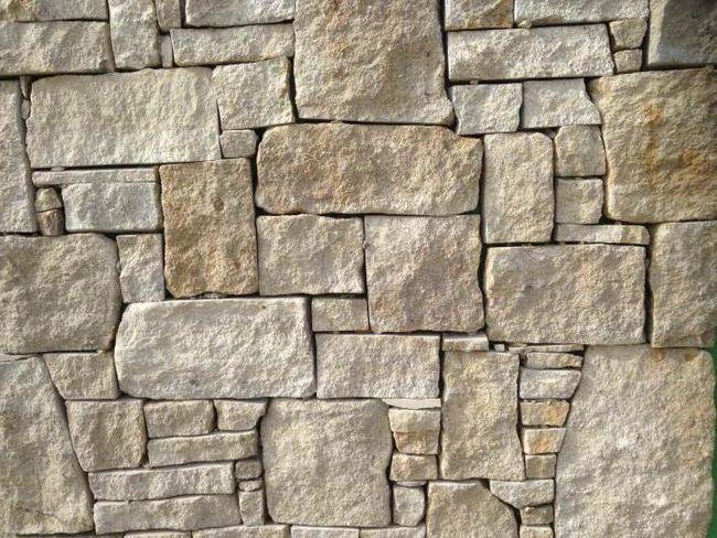 căptușeală de piatră