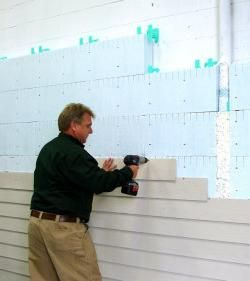 обшивка балкона пластиковыми панелями цена