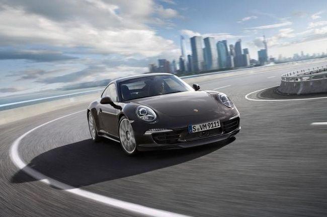 Revizuirea Porsche Carrera