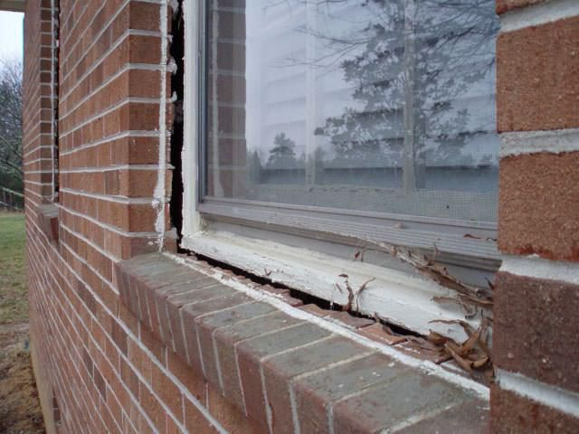 Pante pe ferestre externe