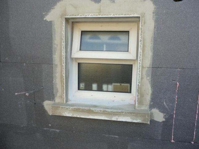 Pante exterioare pentru ferestre din plastic