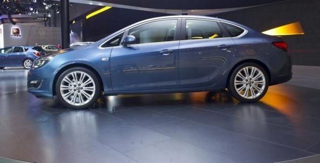 Opel Astra sedan. Un nou cuvânt în industria automobilelor