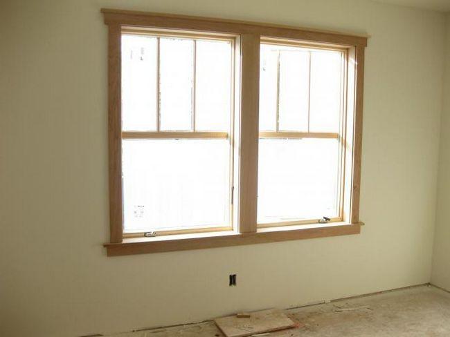 finisarea pantelor ferestrelor în interiorul căptușelii