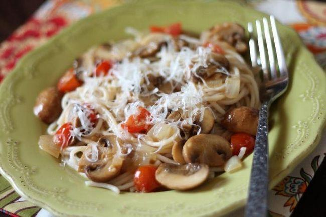 Paste cu ciuperci și ciuperci