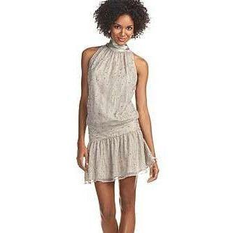 rochie cu o talie joasa pentru plin