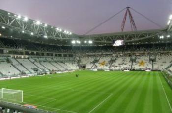 Zona terenului de fotbal și alți parametri ai acestuia