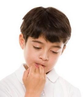 De ce copiii își mușcă unghiile: cauzele și metodele de combatere a obiceiurilor