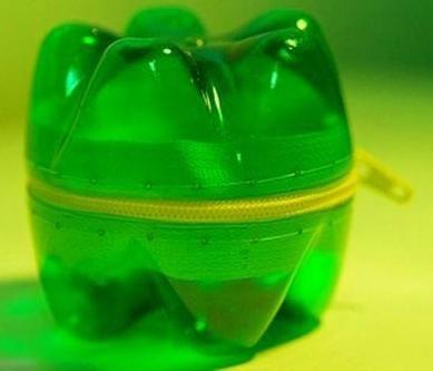 meșteșuguri din sticle de plastic