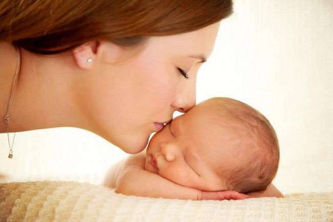 felicitări pentru mama cu băiețel nou-născut