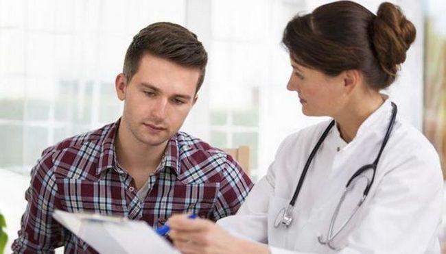 cauzează cancer testicular