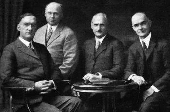Minutele întâlnirii fondatorilor: când este necesar și de ce
