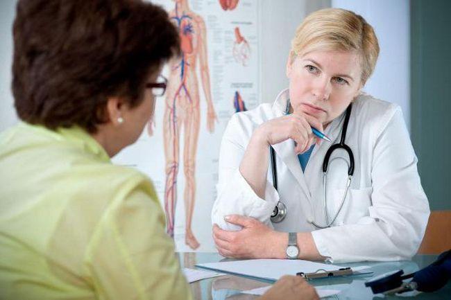 semnele de cancer ovarian la femei primele simptome