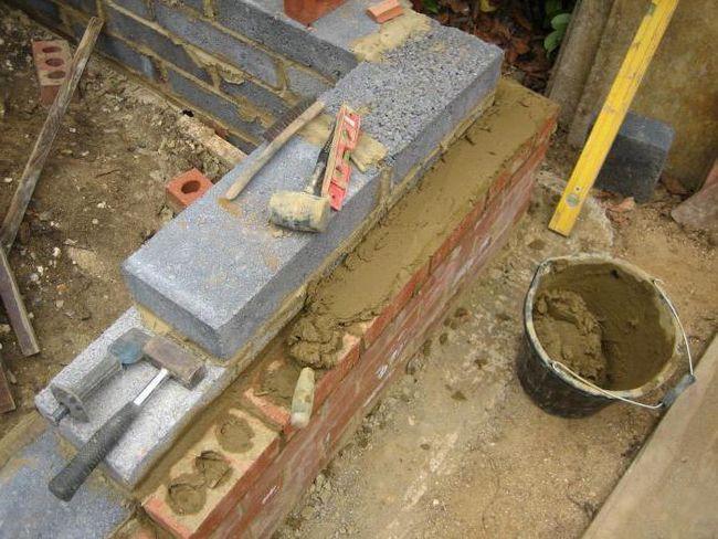 consumul de ciment pe 1 m2 zidărie din cărămidă pe jumătate de cărămidă