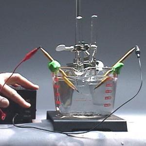 reacții în soluții de electroliți