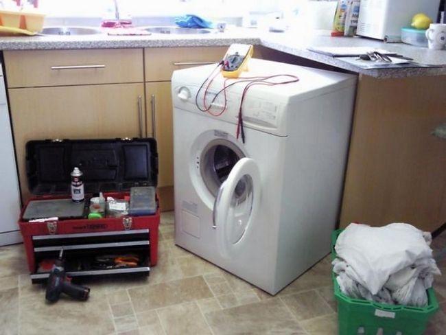 Repararea mașinilor de spălat AEG. Opțiuni diferite