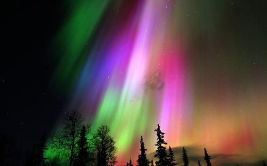 fenomenele naturale lumini nordice