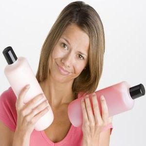 Șampon pentru păr colorat - restaurare și protecție a culorii