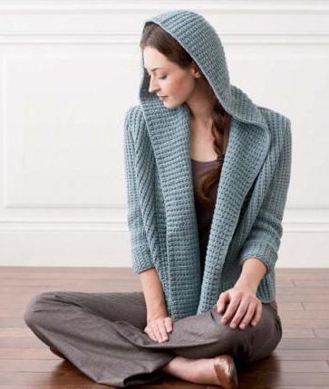 modele de tricotat pentru femei cu ace de tricotat