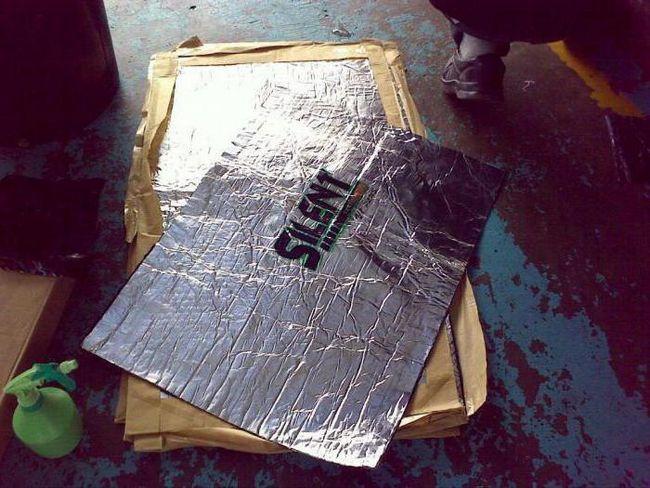 Izolarea zgomotului compartimentului motorului 2110