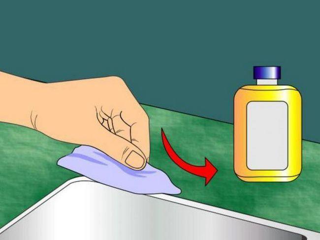 Apoi dizolvați agentul de etanșare siliconic în stare lichidă