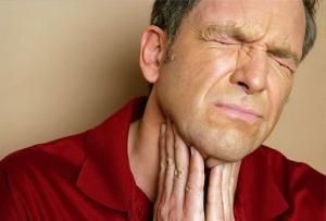 simptome de cancer de laringe