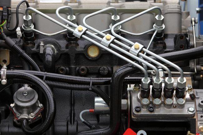 sistem de alimentare cu motor pe benzină
