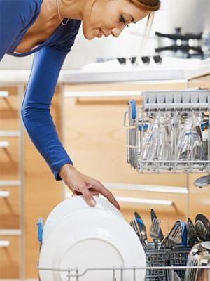 Spuneți `nu!` Spălarea manuală a veselei, sau ce fel de mașină de spălat vase este mai bună